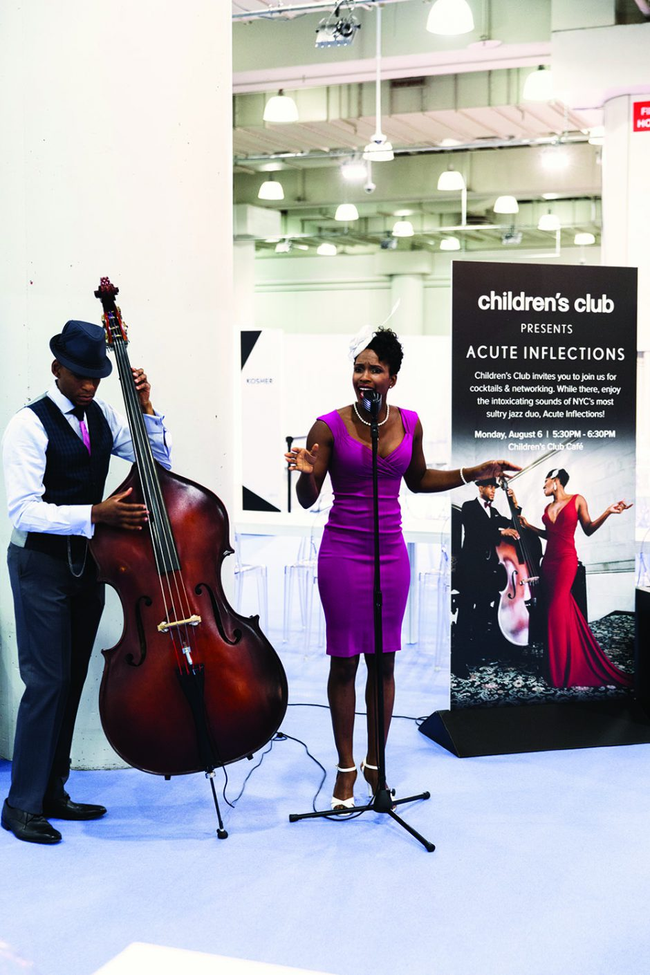 New York jazz duo performs at cocktail party.