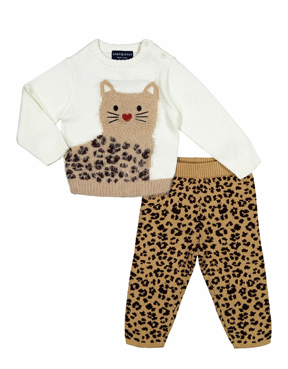 Andy & Evan outfit