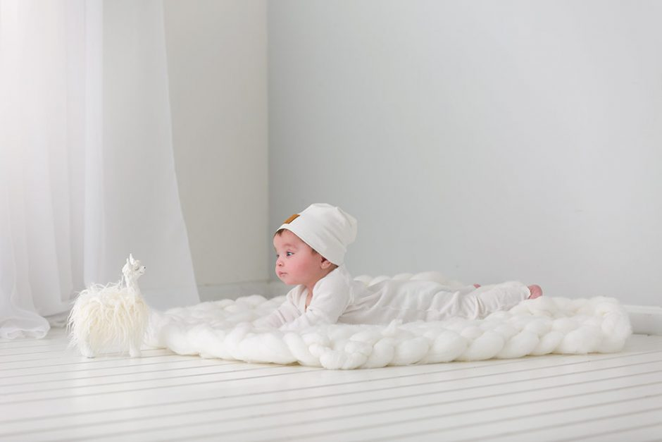 Zandino Couture chunky knit blanket